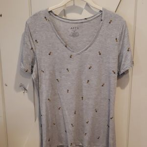 Pineapple t shirt M